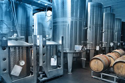 Weinherstellung: die passende Kältemaschine für Ihren Bedarf